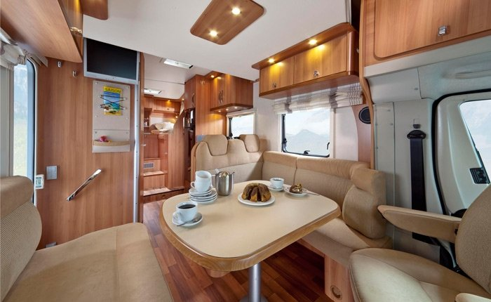 Pamper Yourself On A Honeymoon Or Surprise Your Partner With Our Luxury Category Motorhome Motorhomes Are Top Of The Range Quality To